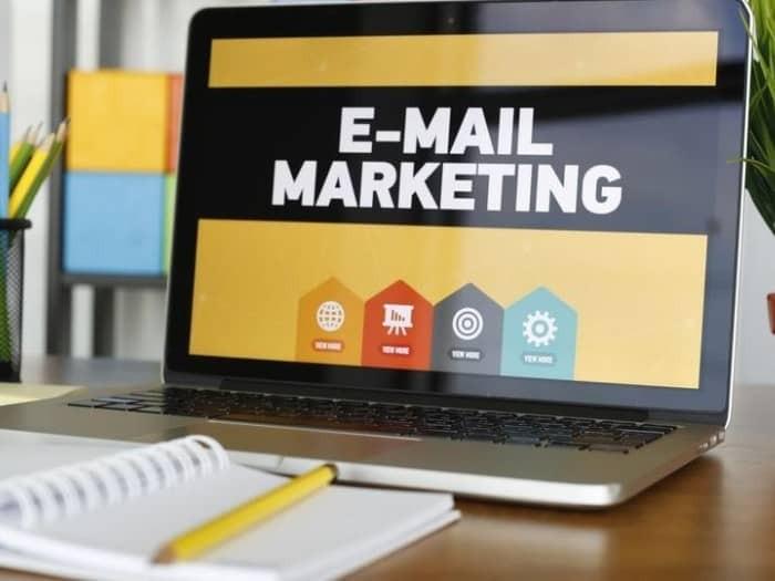 Сервисы email рассылок